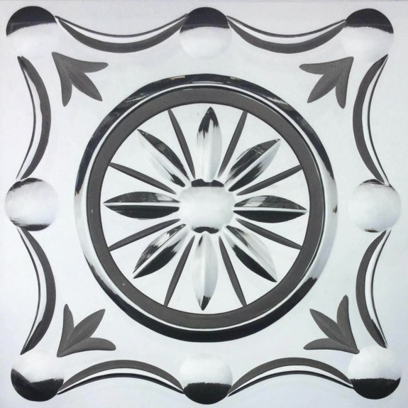 Felle - from the Brilliant Cutting Traditional Designs portfolio | Ellison Art Glass